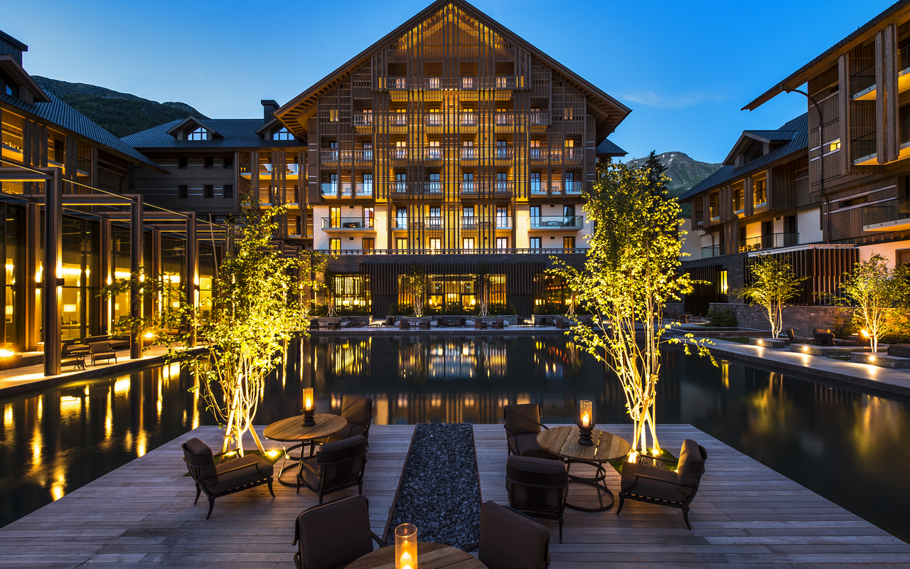 The-Chedi-Andermatt-The-Courtyard_GHM-RetoGuntli.jpg#asset:820
